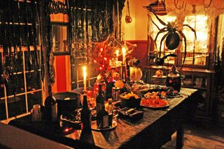 Halloween table 2 rdcd