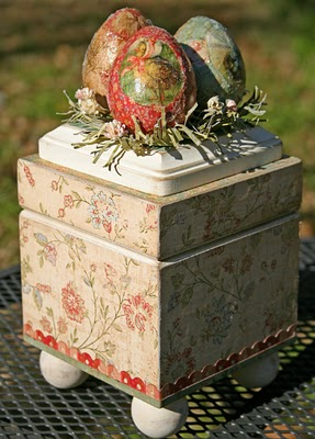 Vintage-egg-box
