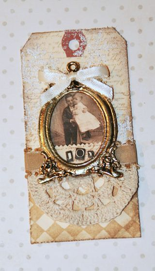 S&G Tags- Ornate Frame